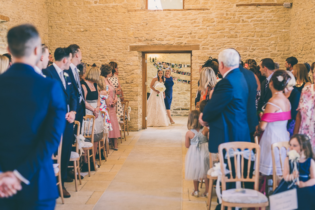 Gloucestershire Barn Wedding Photos