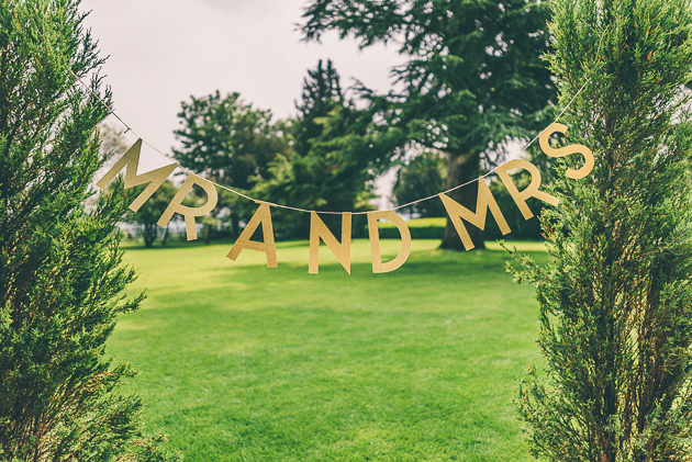 Natural Cotswolds Weddings