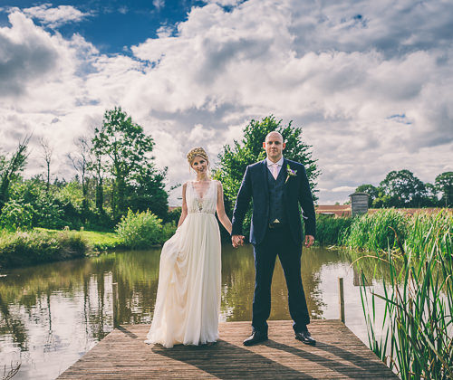 Cotswolds Wedding Photographer Based In Gloucestershire